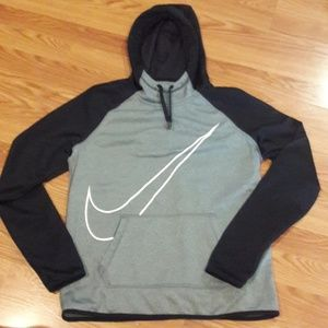Nike dri fit hoodie with thumbholes